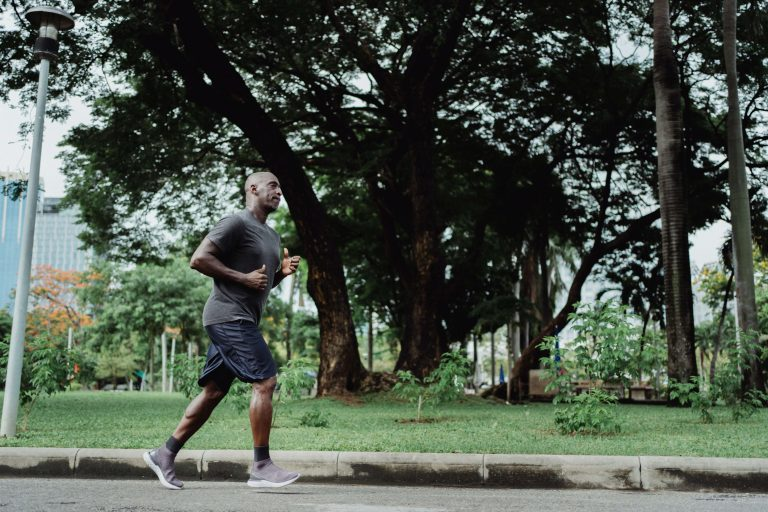 Como controlar a respiração na corrida | Entenda quais as táticas